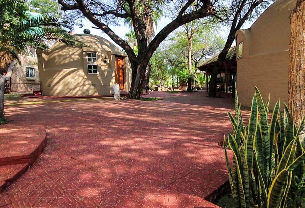 igloo-standard-room-accommodation-botswana-lodge