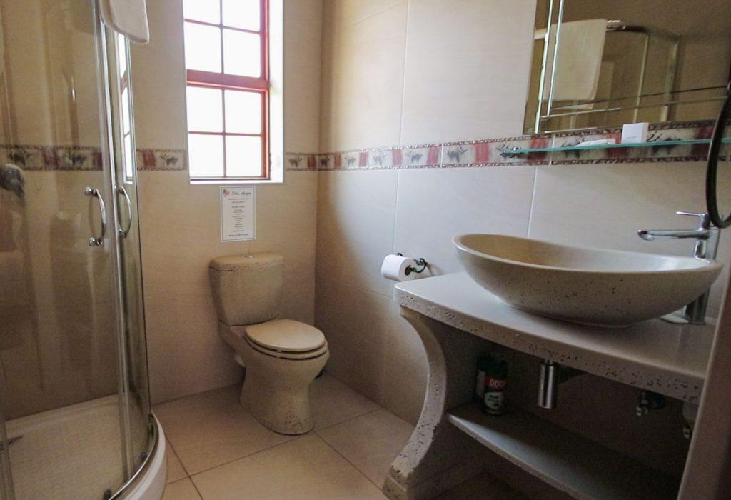 luxury-rooms-lodge-bptswana